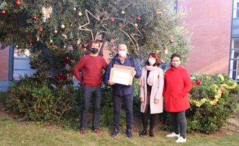 GrandVision dona 1.200 muntures d'ulleres per a l'acció social del Centre Universitari de la Visió